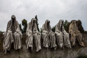 mobile-gallery-guardians-of-time-sculptor-manfred-kili-kielnhofer-contemporary-fine-art-design-sculpture-modern-famous-3d-statue-public-arts-2611