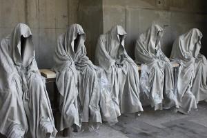 contemporary-art-design-sculpture-show-ghost-time-guardians-waechter-sculptor-artist-manfred-kielnhofer-kili-1